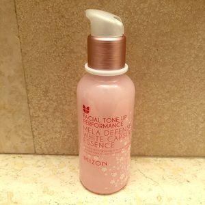 K. Beauty Mizon skin brightener
